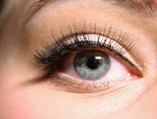 Jak dbać o oczy, by wyglądały zawsze pięknie i młodo?